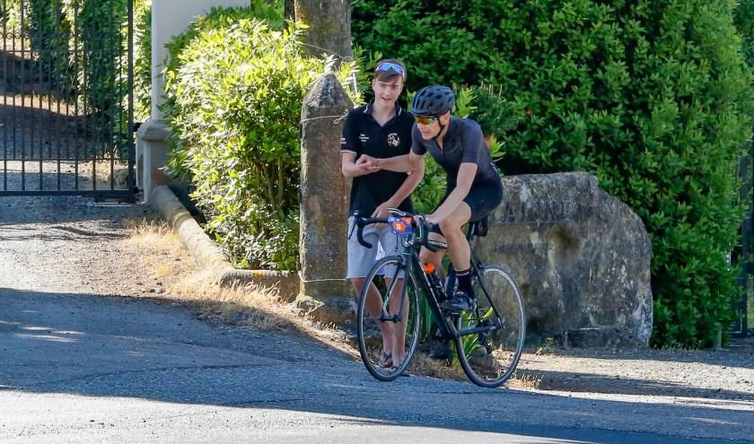 Rens en zijn vader Richard fietsen volgend jaar de Giro di KiKa, steun ze!