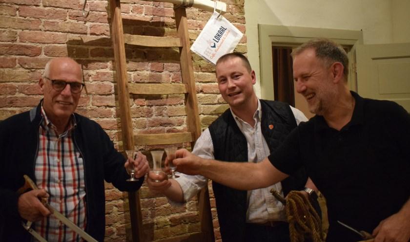 Henk van Aalten, Franz Gerritschen en Herzog Olivier klaren de keel voorafgaand aan de tweede Slachtvisite die binnenkort wordt gehouden. (foto: PR)