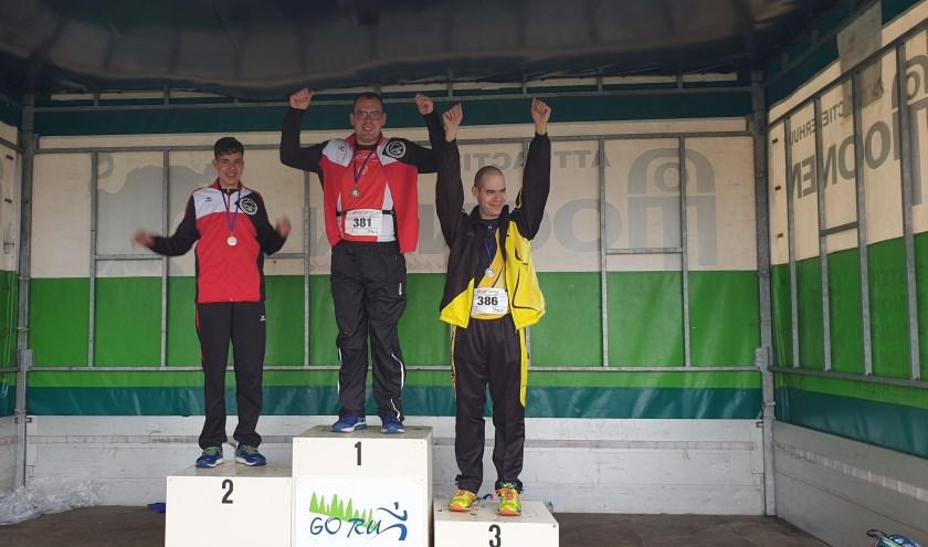 Bij de VB atleten werden Lars van Ravenstein uit Waalwijk en Rick Standaert uit Kaatsheuvel eerste en tweede.