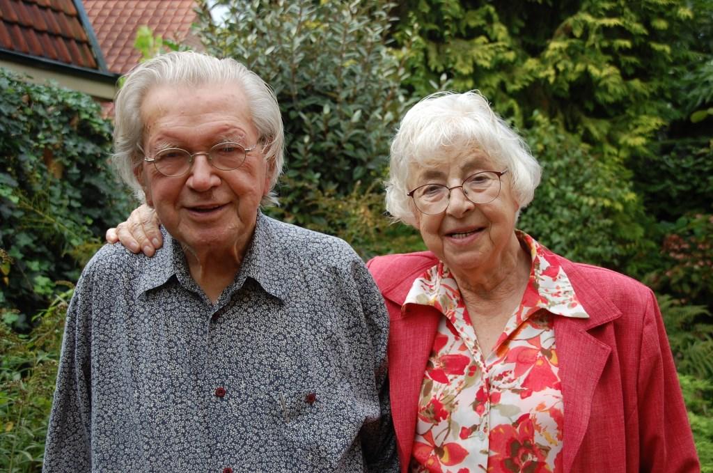 Timo Harmsen en Marijke Harmsen-Smit waren zondag 29 september 65 jaar getrouwd.  © DPG Media