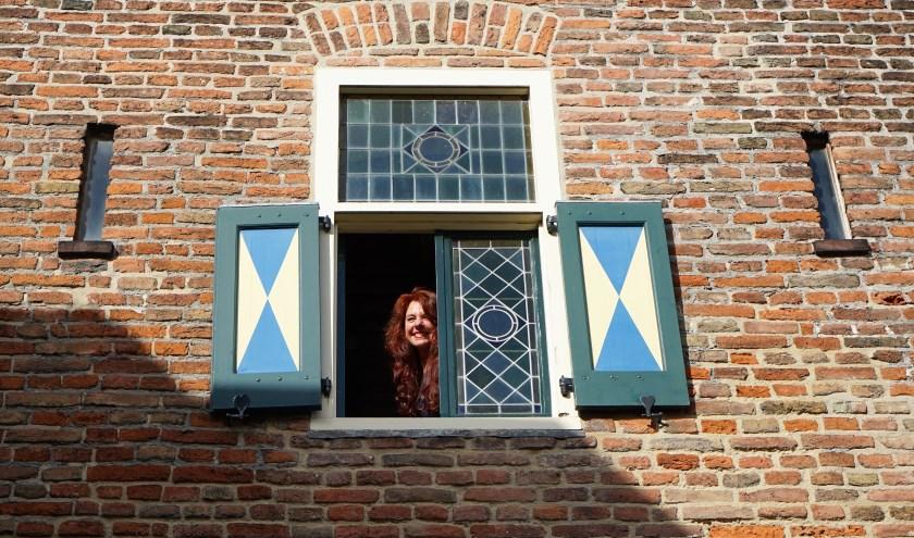Stichting Welzijn Hattem directeur Mathilde Stam benadrukt het belang van de dialoog. (foto: Angela van Erven)