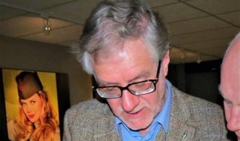 Jack Didden bij de presentatie van zijn laatste boek ('Kampfgruppe Walther') in het Oorlogsmuseum in Overloon.