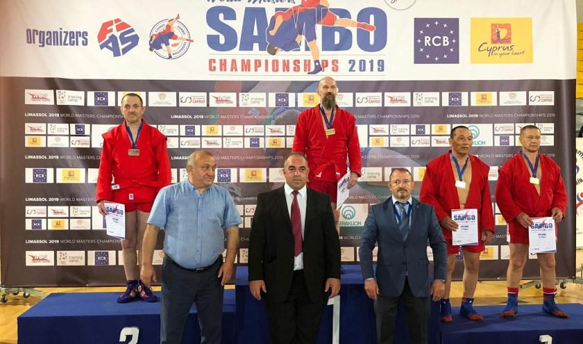 Nico Herbert wint zilver op de WK Sambo Masters 2019.