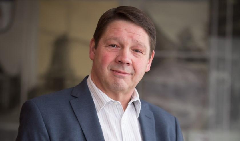 Kees van Dijk: 'Er wordt namelijk niet klip en klaar duidelijk gemaakt hoe het met het gebruik van lachgas in Wierden is gesteld.'