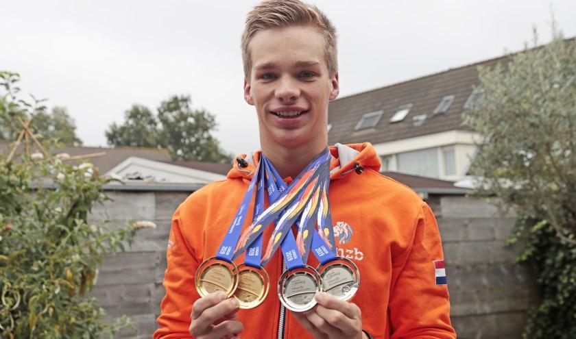 Rogier Dorsman: 0,8 kilo aan medailles binnengesleept!