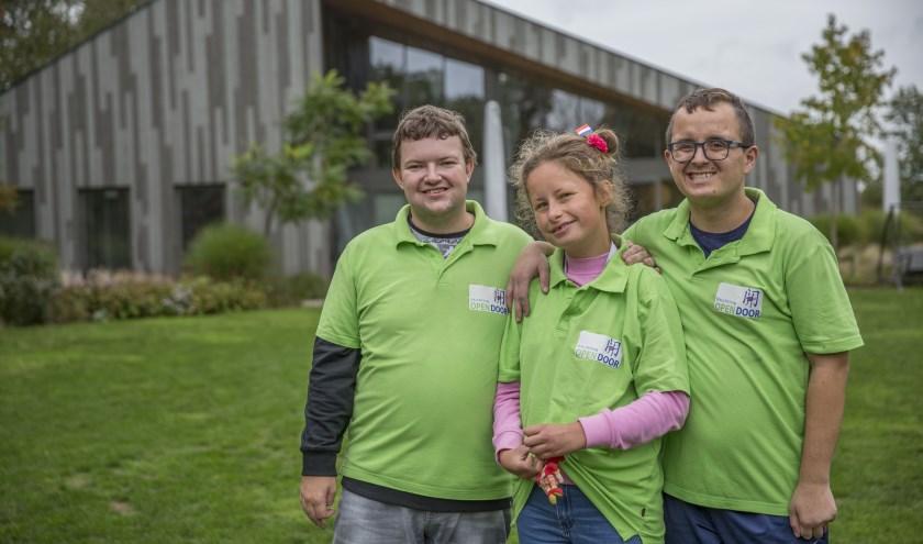 Martijn, Doris en Antoonio zijn helemaal gelukkig bij OpenDoor en hebben er veel vrienden gemaakt. Foto: Jasmijn Stikvoort Photography