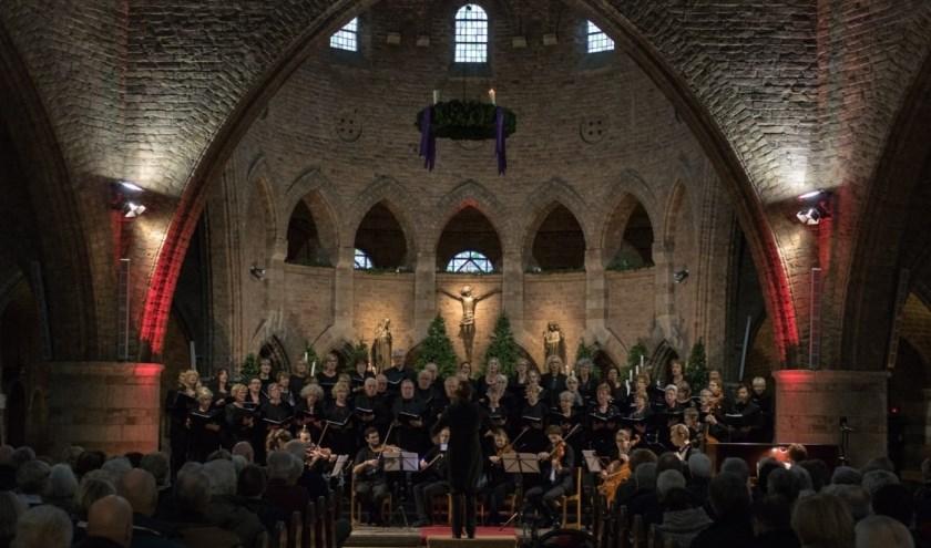 In de Enschedese Jacobuskerk klinken op 8 december bekende kerstliederen.