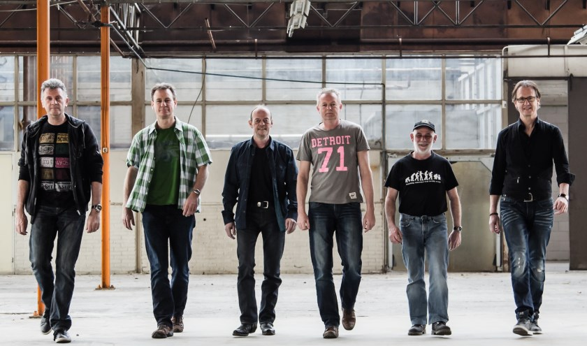 Frans, Carlo, Peter, Frans, Paul en Walter vormen samen de band Route 66.