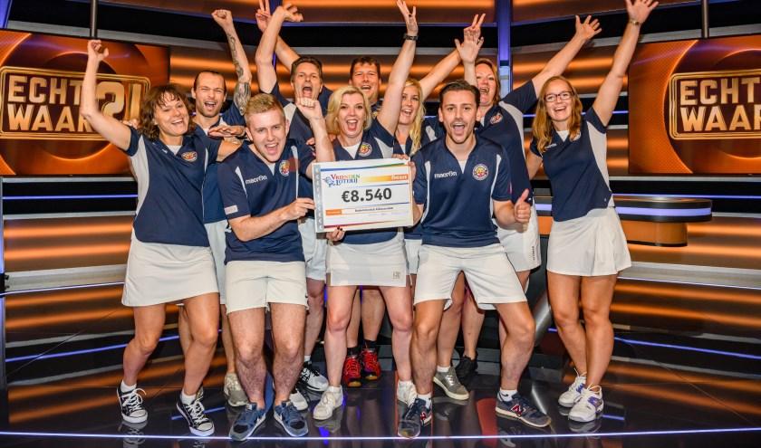 Badmintonclub Alblasserdam wint 8.540 euro in televisieprogramma Echt Waar?! (Foto:Roy Beusker Fotografie)