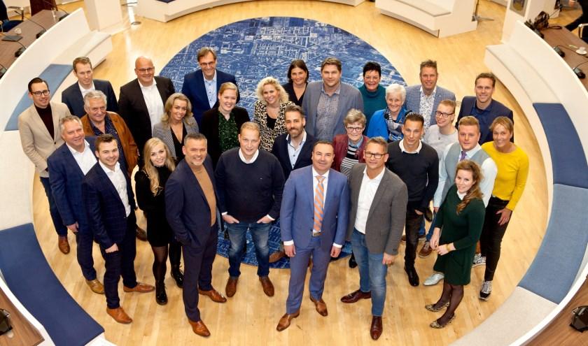 Alle Genomineerden met op de achterste rij links vertegenwoordigers van de vier hoofdsponsors: gemeente Veenendaal, BOV, Rabobank Vallei en Rijn en Olenz Notarissen.