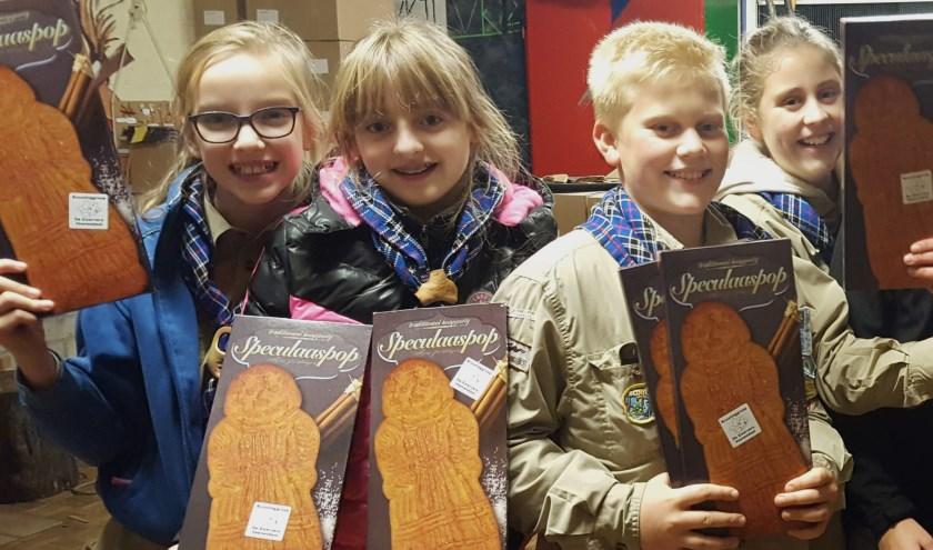 Scouts van De Zwervers gaan vanaf zaterdag 9 november weer met speculaaspoppen langs de deuren.