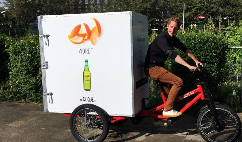 Het ophalen van de grondstoffen vindt op e-cargobikes plaats.