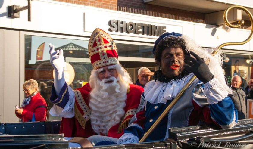 Natuurlijk komt Sinterklaas, net als voorgaande jaren, na zijn intocht in Nederland vanuit Apeldoorn naar het mooie en feestelijke Veldhoven. FOTO: Rep@tArazzi.