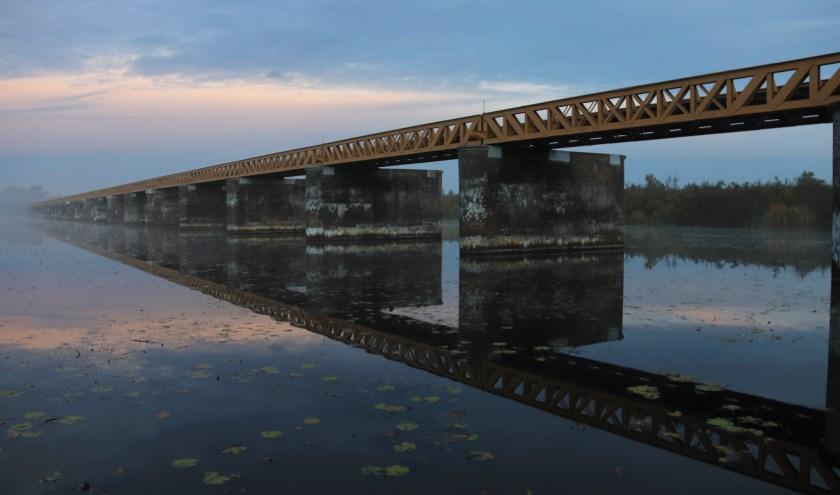 De prachtige Moerputtenbrug gefotografeerd op een vroege ochtend. Foto: Ad Hartjes