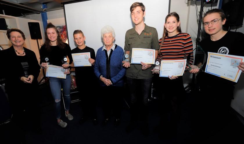 Jacqueline Leenheer, Esmee van Schaardenburg, Kevin Ottervanger, Jeannette Leenheer, Richie Eijkelhof, (zus van Joran) Danique Kweekel, Merlijn Remmig.