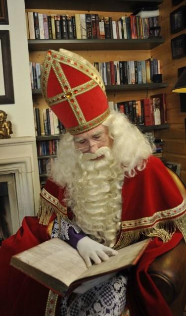 Sinterklaas op zijn eerdere logeeradres. Dit jaar slaapt Sinterklaas op een logeerbed in HAL12! (foto: PR)