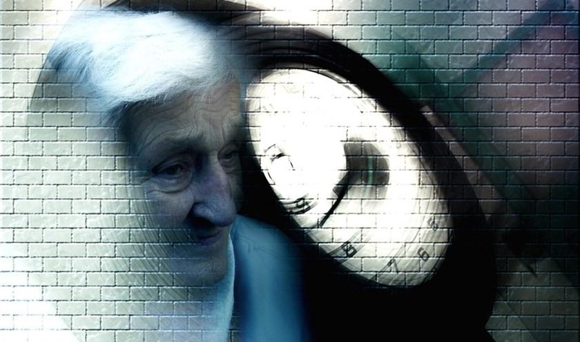 Het DementieCafé is bedoeld voor iemand met dementie (of het vermoeden daarvan) en betrokken familieleden. FOTO: PixaBay.