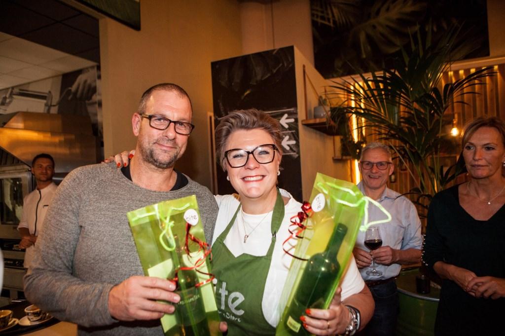 Bert Verhoek en Annemarie Bakker in de prijzen..  © DPG Media