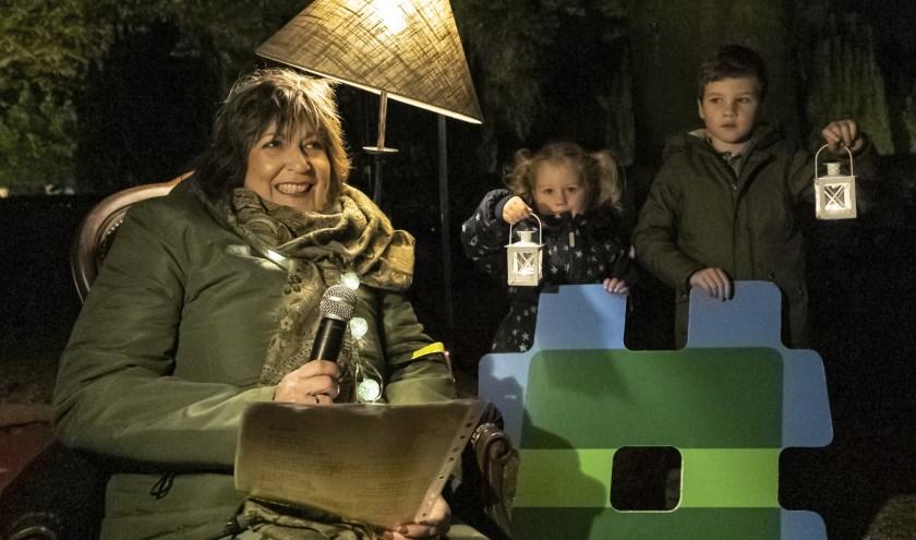 Carla was zaterdag op de Oosterbegraafplaats bij 'Lichtjes in het donker'.