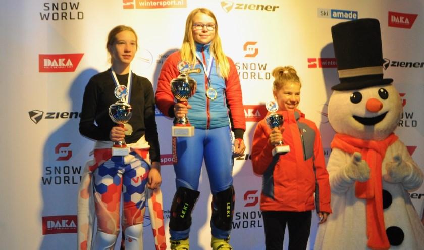 Anouk van Maren winnaar NJK slalom aspiranten. Foto: Marlies van Maren