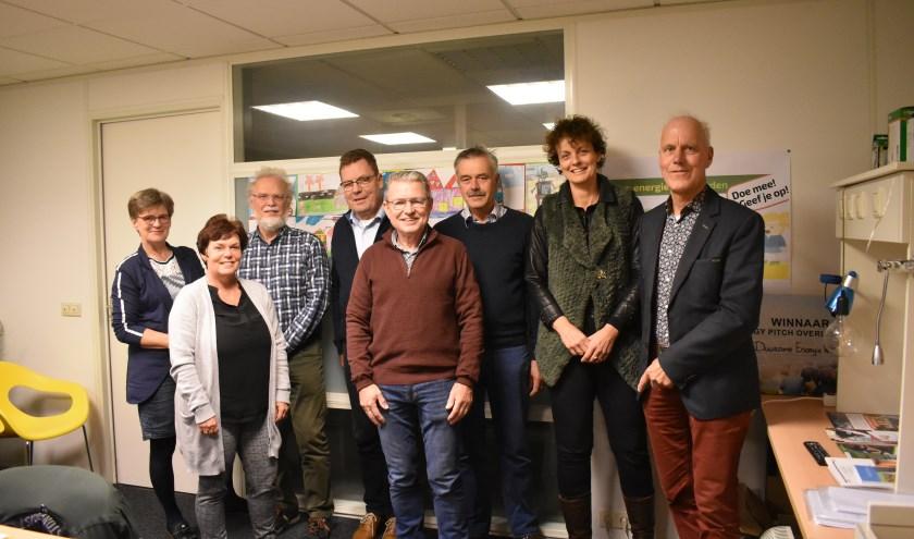 Het Buurtkrachtteam Grote Maat en Plan Oost houdt een bijeenkomst over woningisolatie. (Foto: Van Gaalen Media)