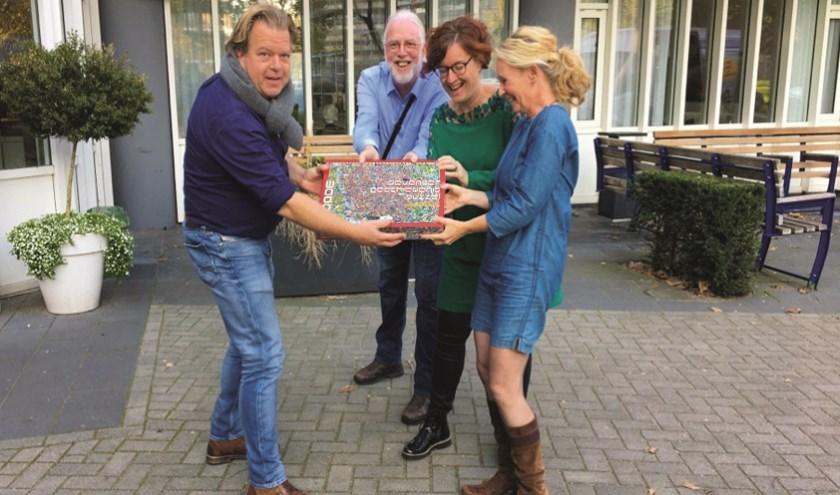 Vlnr: Jeroen (Lions Deventer), Peter (Medewerker), Esther (Wel&Zijncoach) en Chris (Buurtcoach).