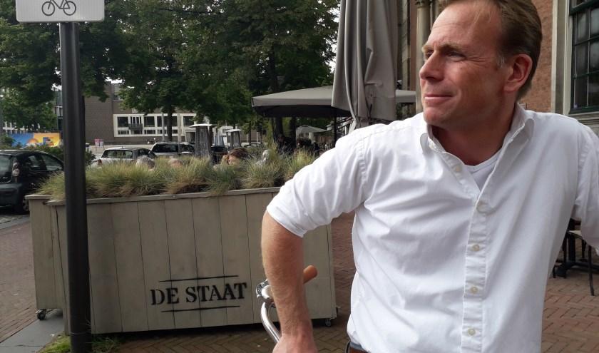 Bas van Es blikt kort terug op zijn eerste twaalf maanden als raadslid. (foto: Yadi Dragtsma)