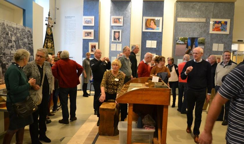 Ook in het museum was de belangstelling zeer groot. Daar werd alles uit de kast gehaald om de bezoekers een groot 'Ritmeestergevoel' te geven. (Foto: Annemiek Schweinsberg)