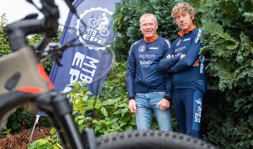 """Gerrit de Groot en Marcel Commandeur van MTB Epe: """"We willen het mountainbiken in deze regio nog meer op de kaart gaan zetten."""""""