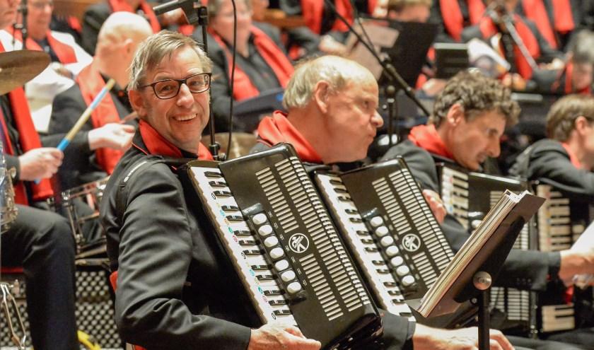 De Jostiband verzorgt op vrijdagavond 13 december een dubbel optreden in de Catharijnekerk in Heusden. Een kaartje kost 5 euro.