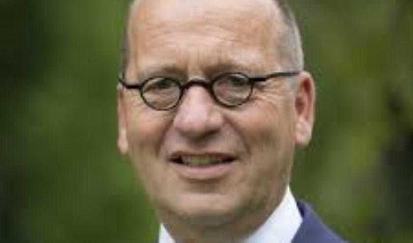 Theo Segers woont in Staphorst en is sinds 2015 burgemeester van die gemeente. Eigen foto