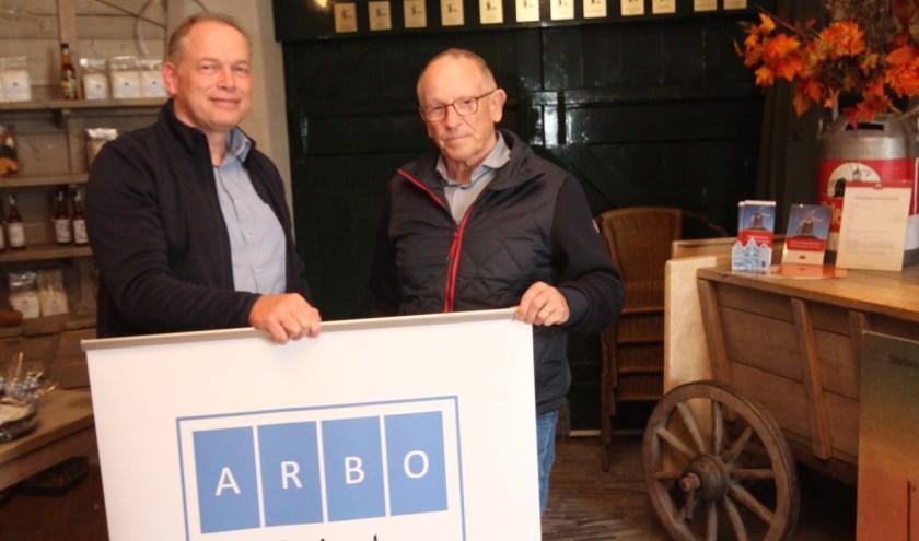 foto Hans Slagboom (links) en Bert van Willigen in Molen 'De Koe'