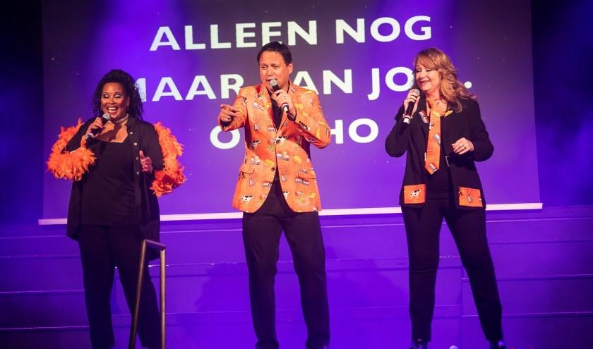 Ingrid Simons, Harold en Louisa Verwoert. Tekst: Ria van Vredendaal, foto: Lieselotte Pennings/www.koektrommelstudio.nl