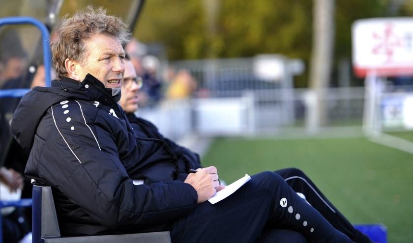 Coach Peter Schulte van Enter Vooruit. (Foto: Henk Pluimers)