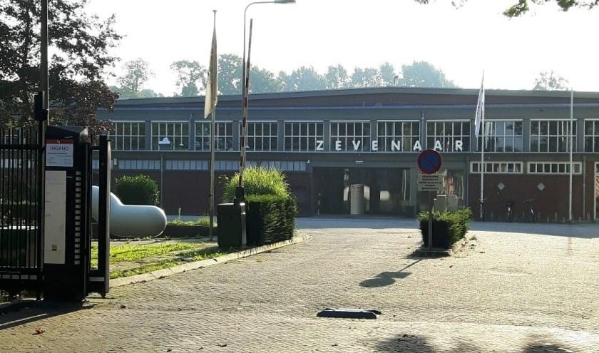 Het gemeentehuis van Zevenaar. (foto: Danny van der Kracht)