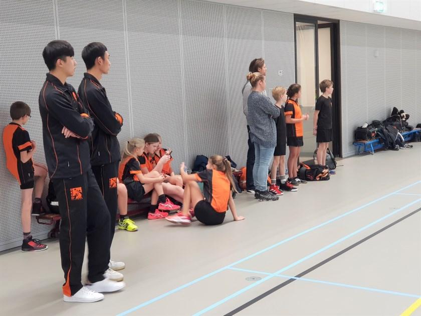 DKOD kreeg onlangs versterking van  de Chinese internationals Suen (links) en Austin. Ook zij konden niet voorkomen dat hun nieuwe ploeg met 17-14 van het Arnhemse EKCA verloor.