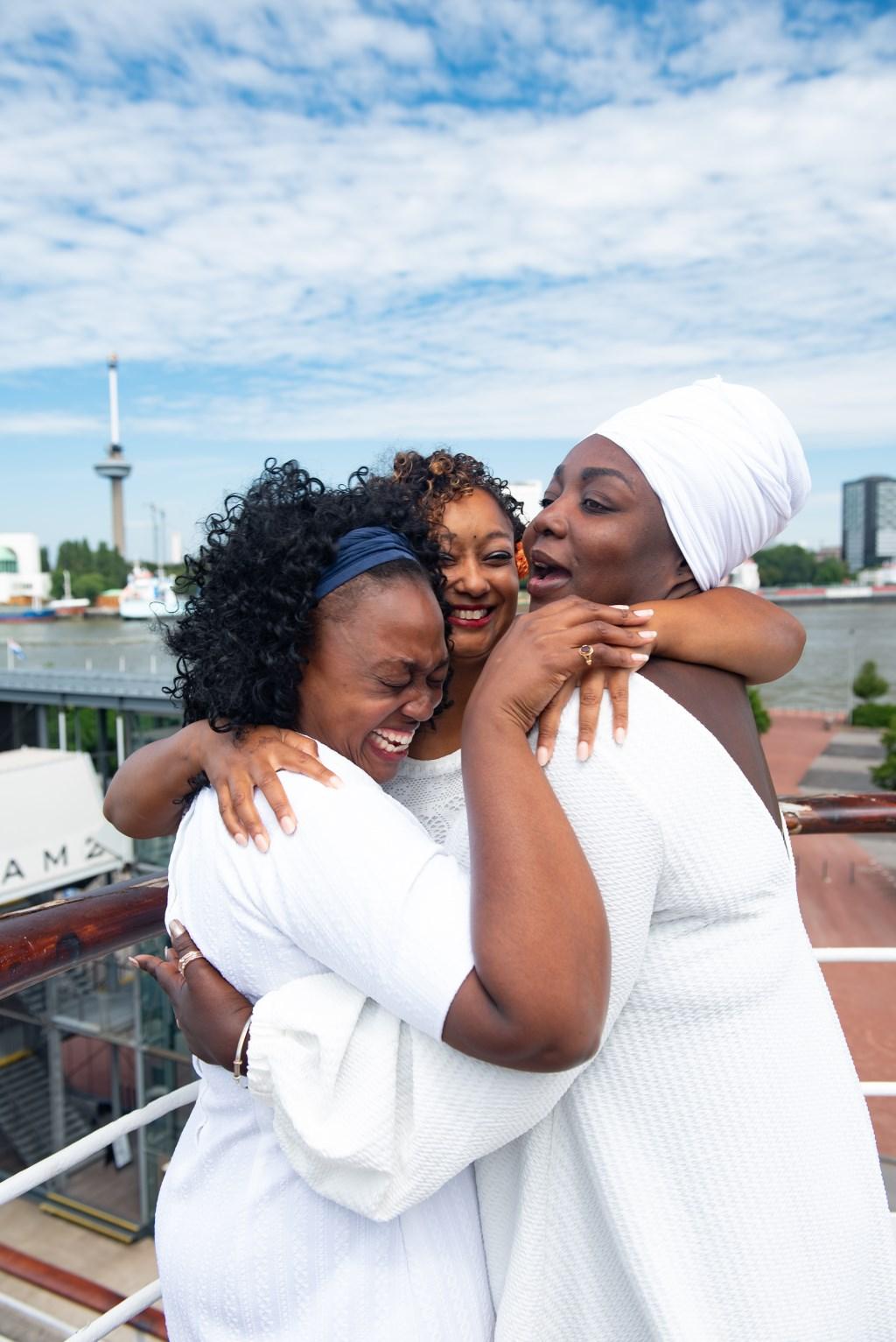 Bij een traan kan ook een lach horen.   © DPG Media