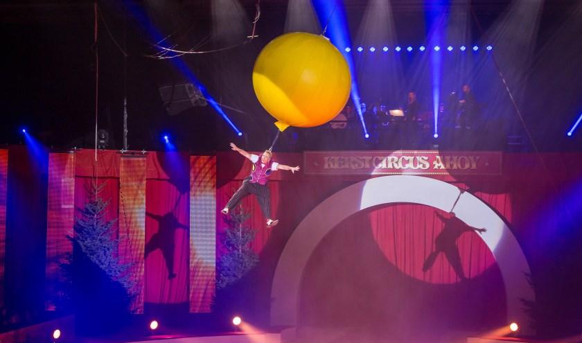 Wat is er in de kerstperiode nou leuker dan een bezoek aan Kerstcircus Ahoy? Kerstcircus Ahoy is een klassiek circus voor jong en oud met spectaculaire en verrassende acts! De behendigste acrobaten van over de hele wereld, hilarische clowns en innemende dierennummers schitteren van 22 t/m 30 decembe