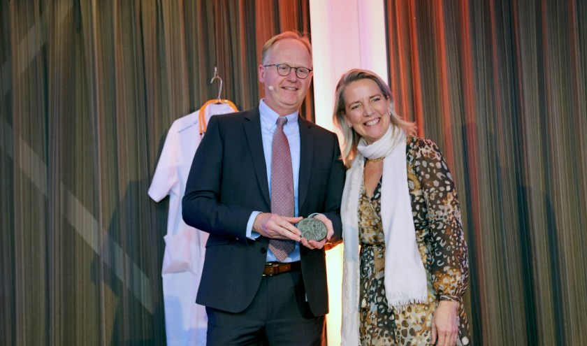 Nico van der Lely en Carina Hilders.
