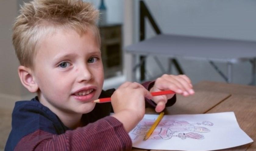 Ruim 15.000 kinderen in Nederland dreigen geen cadeautje te krijgen tijdens Pakjesavond op 5 december.