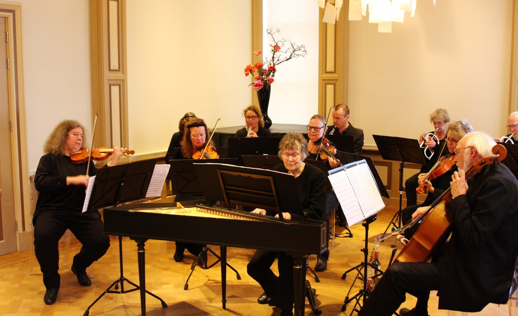 Deze keer trakteren zij het publiek op een programma vol vrolijke (Spaanse) muziek.  © DPG Media