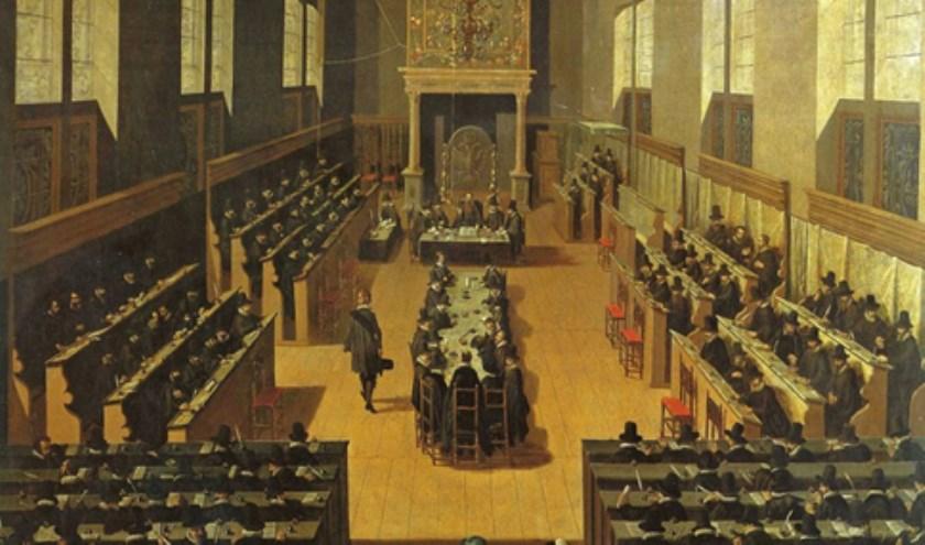 Synode van Dordrecht. De Arminianen zitten als aangeklaagde partij aan de tafel in het midden. De zitting wordt gehouden in de bovenzaal van het voorhuis van de Kloveniersdoelen. (Bron: Stedelijk Museum Dordrecht).