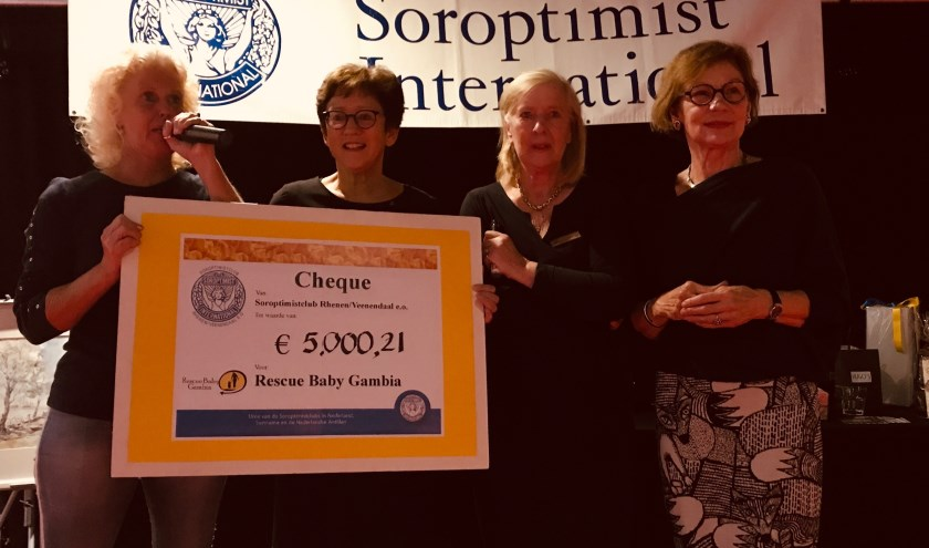 v.l.n.r. Regina Bouwman, Monica Brouwer, Tineke Hake en Marian Enkelaar;