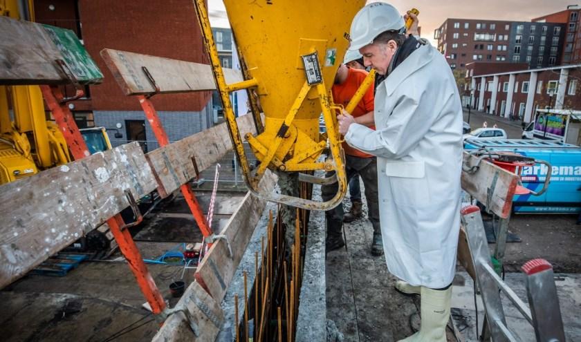 Het startsein voor de bouw van zestien nieuwe herenhuizen is gegeven. (Foto: Privé)