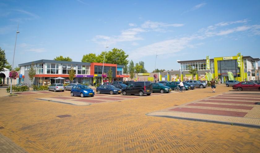 Winkelcentrum Meidoornplein in Oldebroek(Foto: Stefan Verkerk)