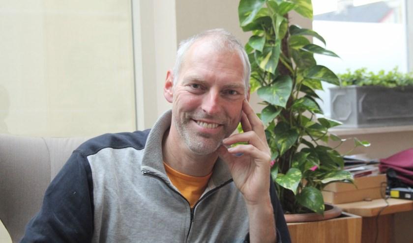 Hans Lappee stopt in december na 25 jaar als raadslid. De ex-wethouder: ''Even aan mezelf denken.'' (Foto: Lysette Verwegen)