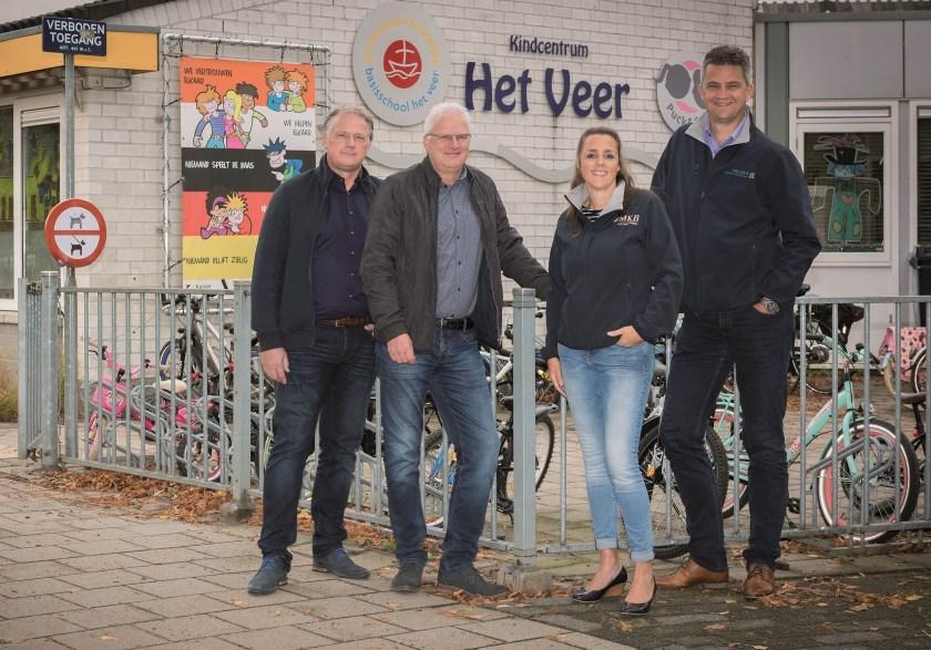 De commissie duurzaamheid van MKB Duiven. V.l.n.r.; Peter van Iersel, Roland Mattijssen, Peggy Blaauw en Jeroen Willems. Op de foto ontbreekt Michele Cotugno.