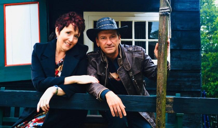 Meriam Bruggink en Martino Burger zingen duetten in De Herinnering.