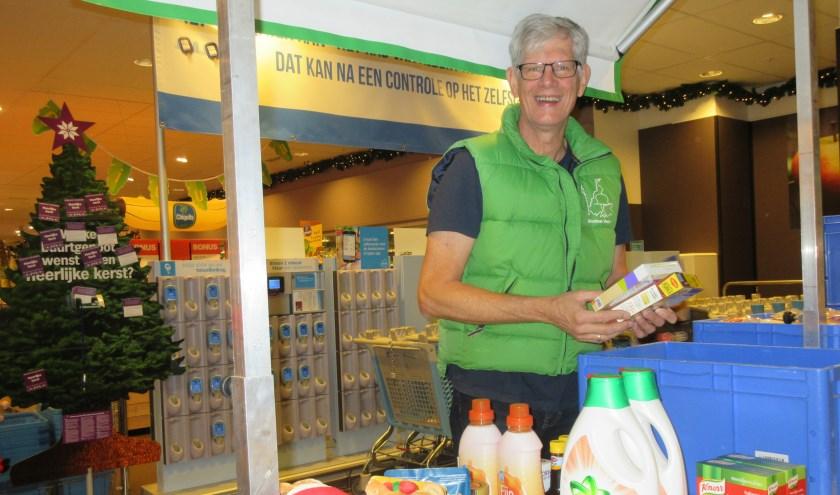 De Voedselbank vraagt inwoners om een extra product te kopen voor de klanten van de Voedselbank. Tekst en archieffoto: Ria van Vredendaal