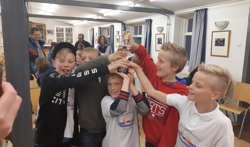 Het tweede pupillenteam van de Eben Haëzerschool mag zich kampioen van Bennekom noemen.